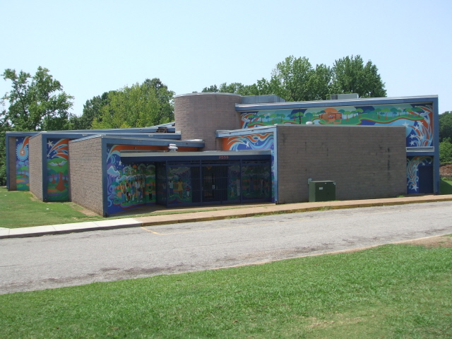 The North Frayser Community Center full view [new]
